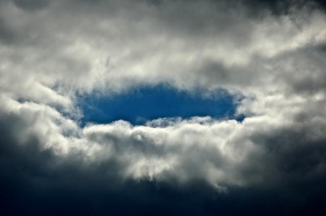 2. Sky, Nikon DSLR, November 2012;
